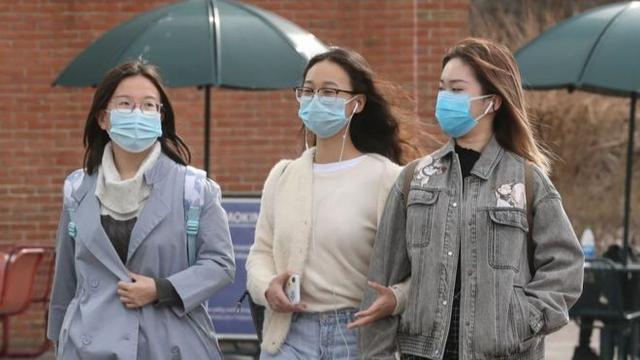 一场特别的『成人礼』描写疫情风暴中留在美国的中国留学生